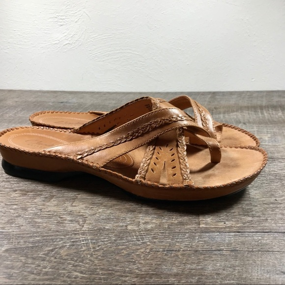 clarks shoes artisan sandal